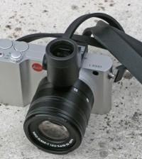 Leica presenta la nuova fotocamera con il bollino rosso